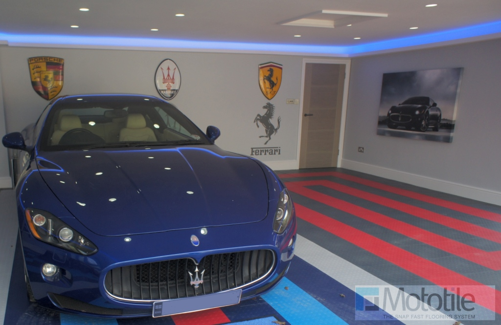 Tile floor showroom - Maserati and Martini Racing design.