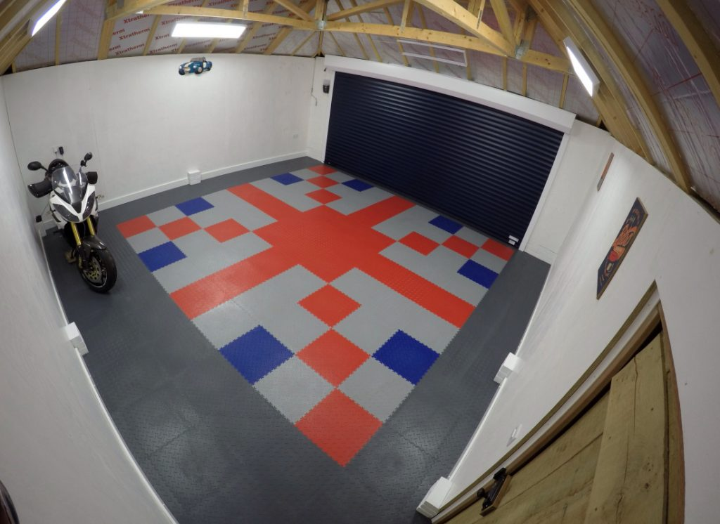 Red white and blue Motolock tile floor