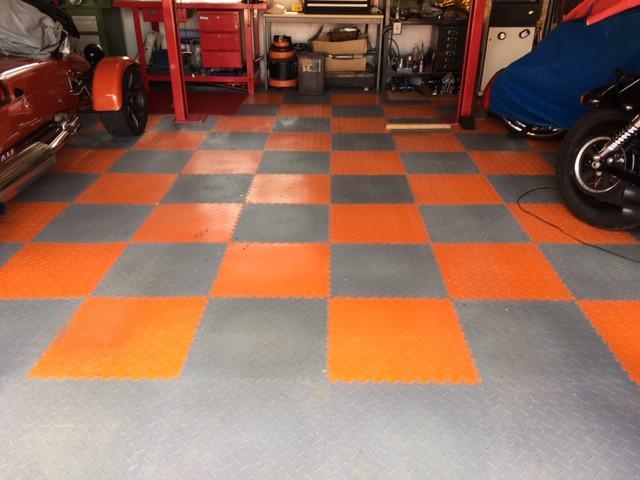 Garage Flooring Mototile