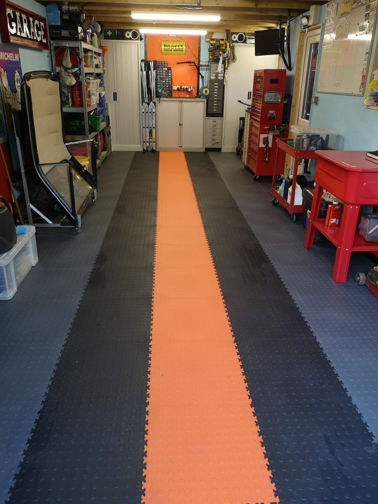 Garage flooring from Mototile
